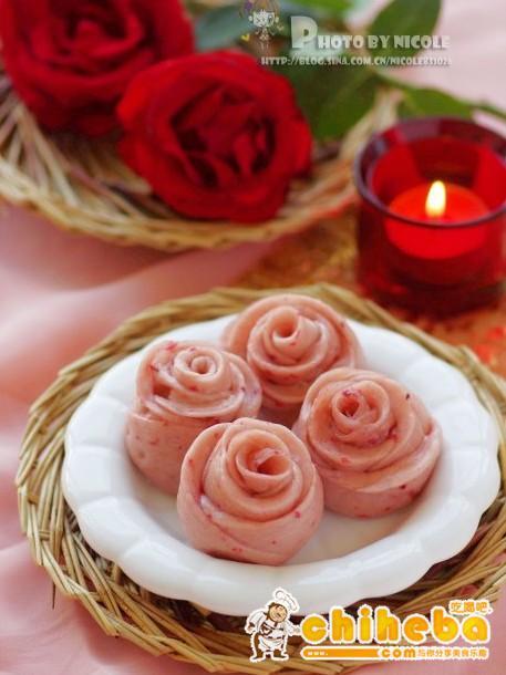 浪漫玫瑰小花卷