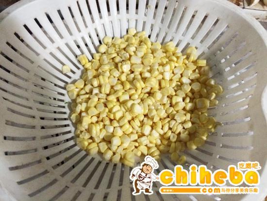 玉米炒碎肉----减肥的食谱的做法 步骤1