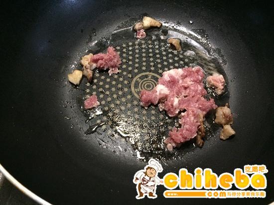 玉米炒碎肉----减肥的食谱的做法 步骤4