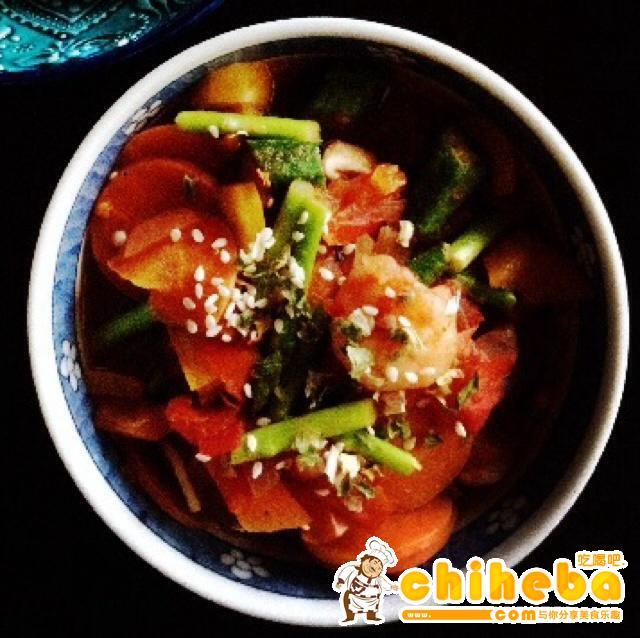 减肥蔬菜泡菜汤