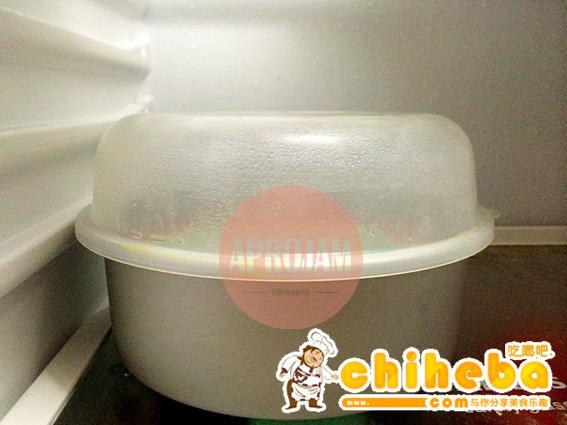 彩虹慕斯蛋糕的做法 步骤24