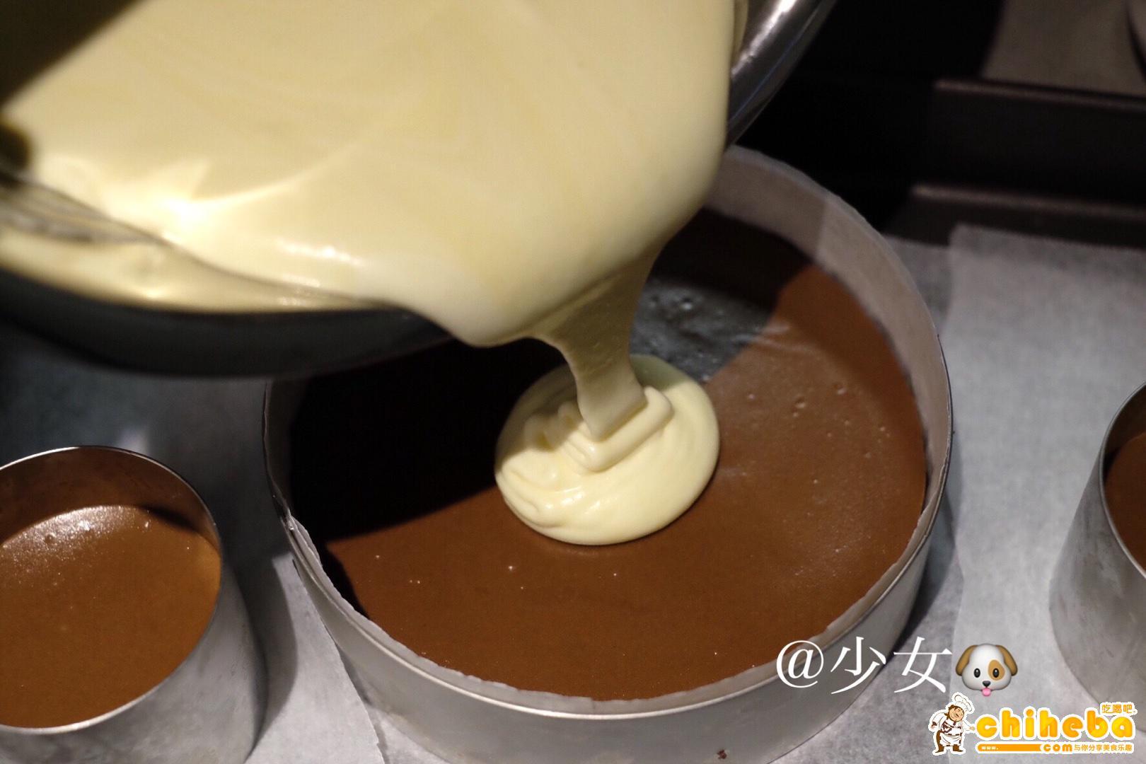 <LeTao> 巧克力双层芝士蛋糕配方大公开!!的做法 步骤15