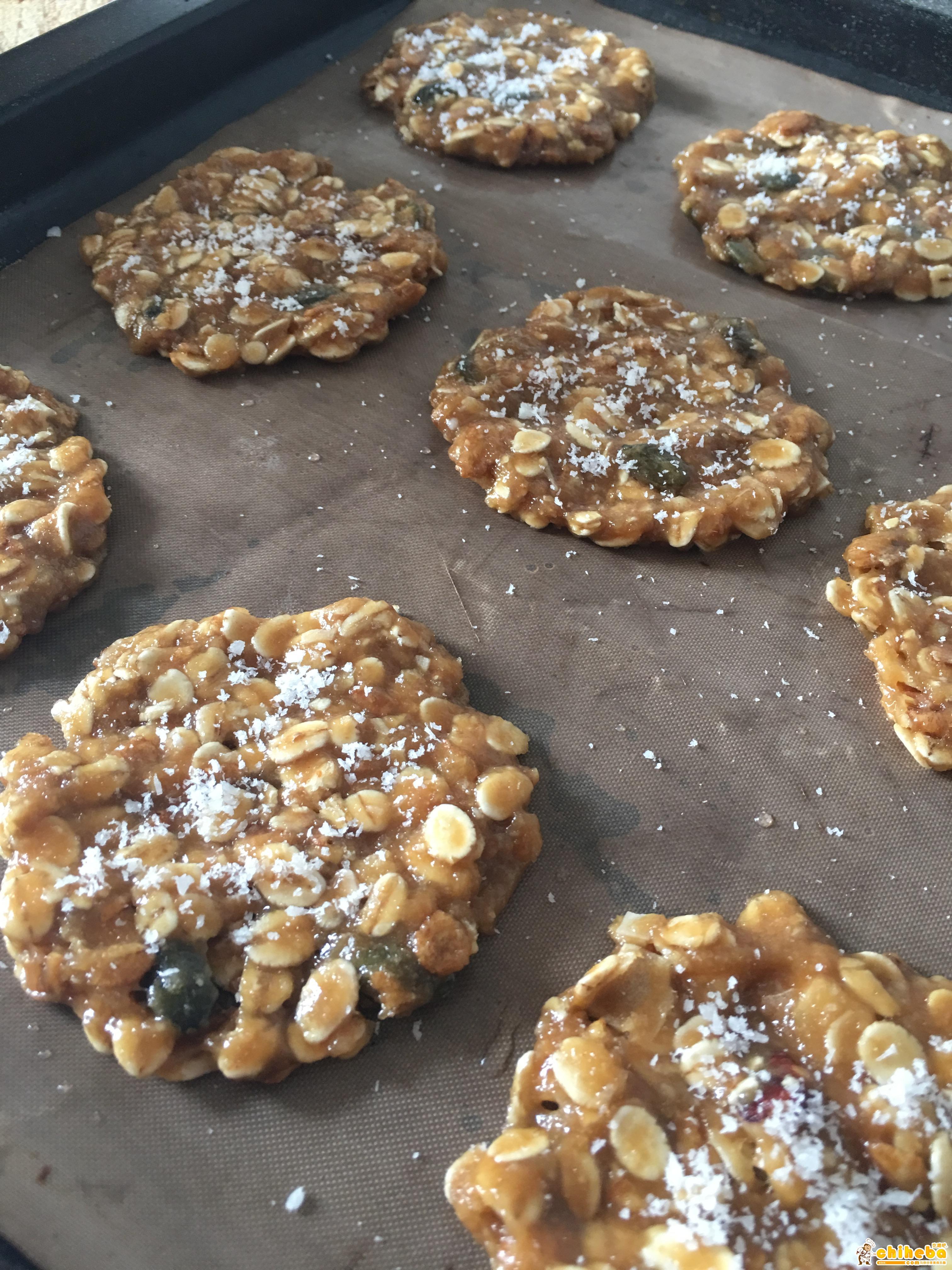 健康椰子油黑糖燕麦高纤饼干【轻卡小食】的做法 步骤8