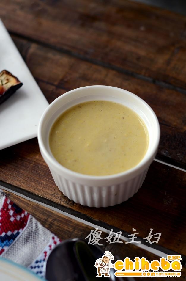 牛排蕃茄意面配玉米奶油蘑菇浓汤