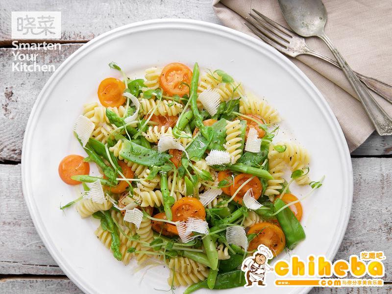 什锦蔬菜意面沙拉