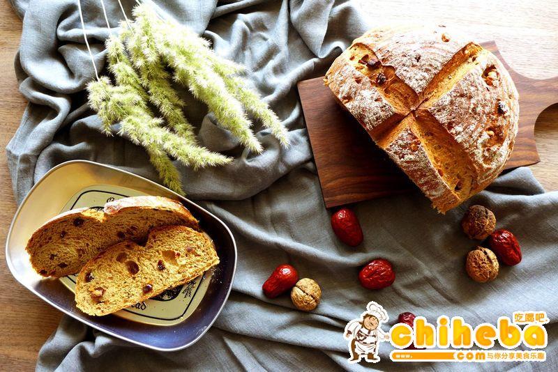 全麦核桃红枣面包——一款适合与闺蜜分享的面包