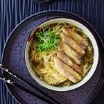 老上海雪菜黄鱼煨面