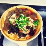 砂锅牛肉米线