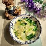 儿童长高食谱--菠菜鸡蛋面片汤